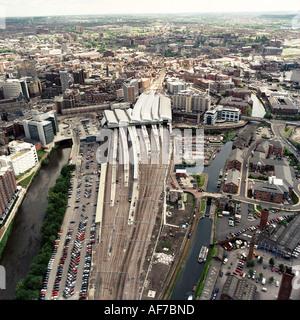 United Kingdom. England. Leeds. Aerial view of city railway station. - Stock Photo