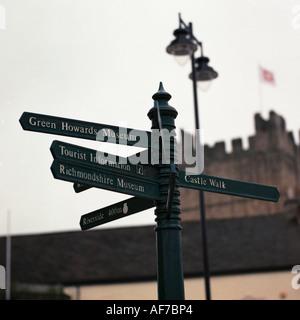United Kingdom. England. North Yorkshire. Richmond signpost. - Stock Photo
