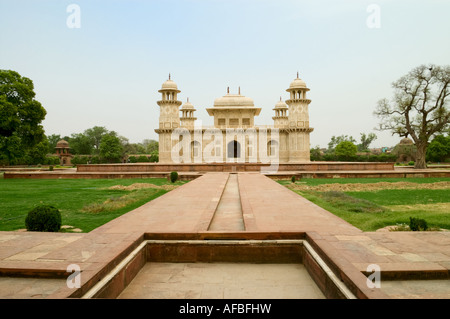 Itmad Ud Daulah's tomb in Agra, India - Stock Photo