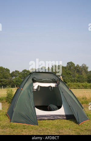 Tent pitched in a campsite in the New Forest, England. - Stock Photo