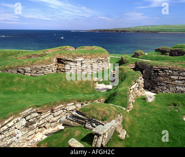 GB - SCOTLAND: Neolithic Skara Brae on Bay of Skaill on Orkney Mainland - Stock Photo