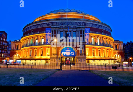Night view Royal Albert Hall, Kensington, London, United Kingdom - Stock Photo