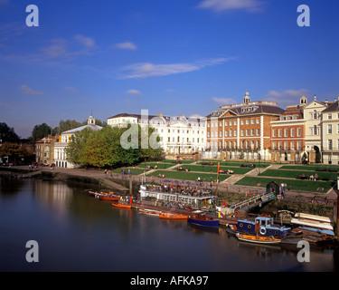 Richmond on Thames waterfront, London, United Kingdom - Stock Photo