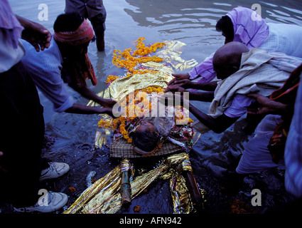 last rites of indian dead Kinnar akhara will hold post death rituals for all transgenders who have died in recent years at a ceremony on the banks of the ganges in varanasi.