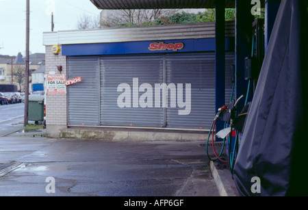 Closed down filling station, Anglesey, North Wales, UK. - Stock Photo