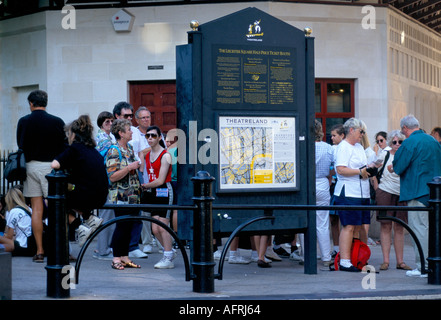 half price theatre ticket booth in west end PHOTO HOMER SYKES - Stock Photo