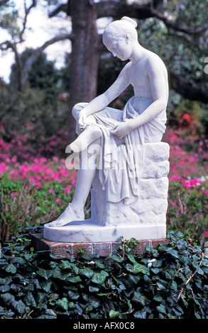 SOUTH CAROLINA CHARLESTON MIDDLETON PLACE GARDENS Wood nymph statue - Stock Photo