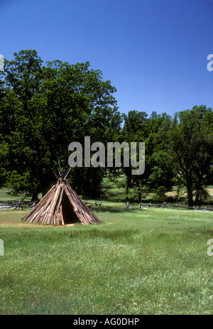 tepee, tepees, Chaw'se Indian, Chaw'se Indians, Grinding Rock State Historic Park, Amador County, California, United - Stock Photo