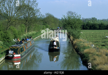 The Oxford Canal at Varney`s Lock, near Cropredy, Oxfordshire, England, UK - Stock Photo