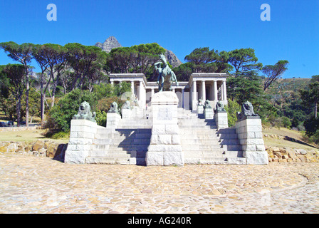 The memorial to Cecil John Rhodes stands on the slopes of Devil s Peak overlooking Cape Town. Commanly know as Rhodes - Stock Photo