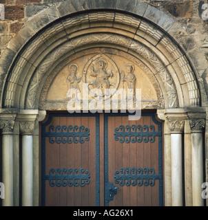 architecture, churches and convents, detail, tympanum, side porch, south transept, Saint Dionysius church, built - Stock Photo