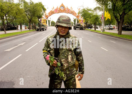 Thai Army man a roadblock on the road to old Parliament House building outside the United Nations HQ during the - Stock Photo