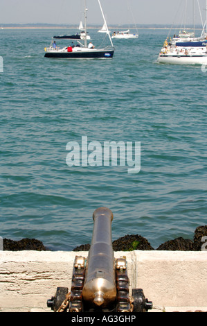 canon starting gun at royal yacht squadron during cowes week on the isle of wight - Stock Photo