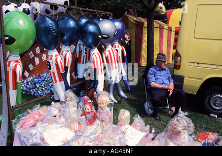 old toys at a car boot sale car boot sales are a way of focusing a stock photo 43783363 alamy. Black Bedroom Furniture Sets. Home Design Ideas