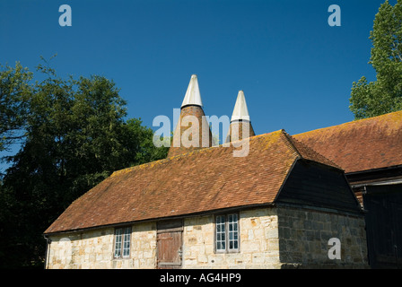 Borders country estate a 16th century Grade II Listed house Dudwell Valley Etchingham East Sussex - Stock Photo