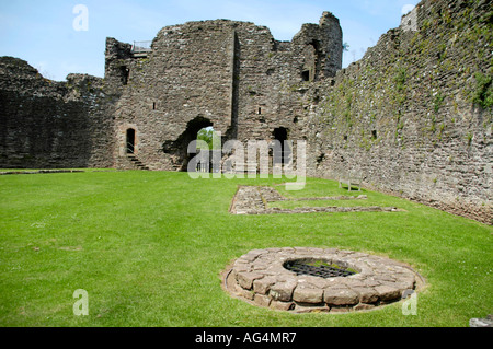 View over water well in inner ward of White Castle originally a Norman motte and bailey the stonework dates from - Stock Photo