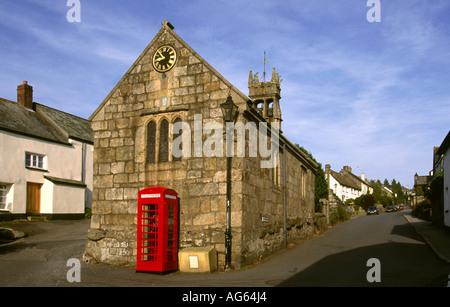Devon South Zeal village market hall and K6 phone box - Stock Photo