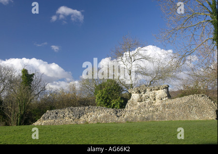 Ruins of Bramber Castle, Bramber Village, West Sussex, England. Built by Sir William de Braose in 1073. - Stock Photo