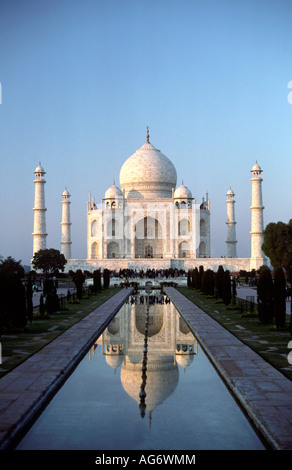 India Uttar Pradesh Agra Taj Mahal late afternoon - Stock Photo