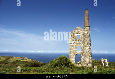 Ruins of the engine house of Carn Galver tin mine at Bosigran in the West Penwith district of Cornwall, UK - Stock Photo