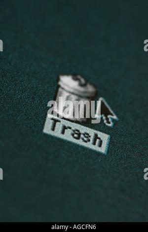 Trash icon on a computer desktop screen - Stock Photo