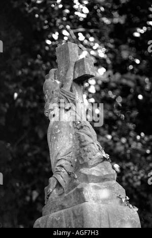 Gravestones in Tower Hamlets Cemetery Park London - Stock Photo