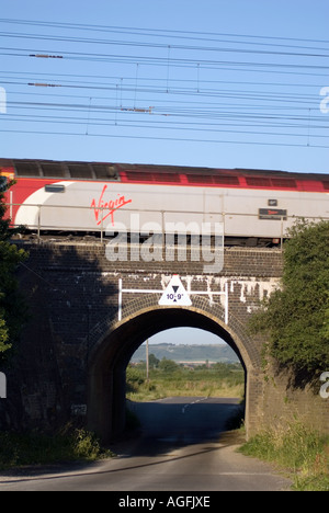 The railway bridge where on the 8th eight August 1963 the infamous Great Train Robbery took place at Sears Crossing - Stock Photo