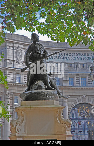 Monument to the Royal Marines The Mall London admiralty Arch behind - Stock Photo
