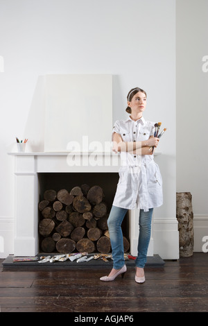 Artist with blank canvas - Stock Photo