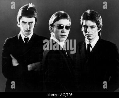 THE JAM promotional picture of the UK group about 1976 with from l Paul Weller Rick Buckler and Bruce Foxton - Stock Photo