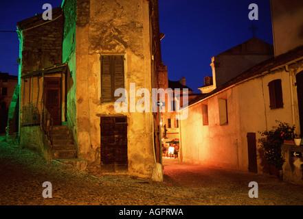 Lane and houses  / Corte / Gasse und Haeuser - Stock Photo