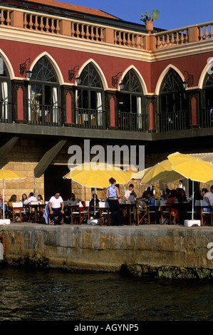Restaurant at waterfront corniche restaurant beirut for Terrace beirut