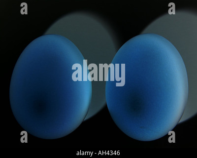 Two eggs GB UK 2004