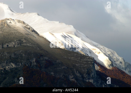 The beautiful  Sibillini Mountains of Le Marche are part of the Appennino Centrale  in Italy - Stock Photo