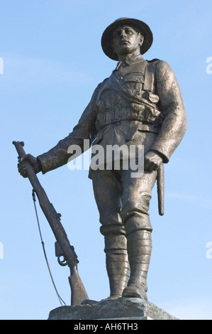 Statue of WW1 Rifleman, King's Royal Rifle Corps Memorial, Winchester Cathedral, Hants, UK; sculpted by John Tweed - Stock Photo