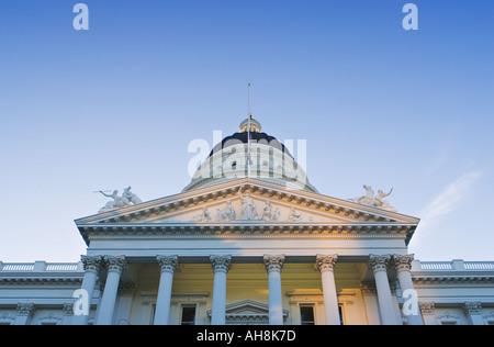 Early morning light on the California State Capitol, Sacramento California. - Stock Photo