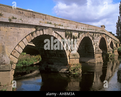 ATCHAM SHROPSHIRE England UK August Splendid seven arch bridge sited where the old Roman Road crossed the River - Stock Photo