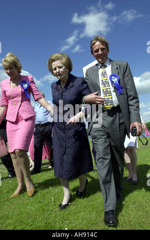 Lady Thatcher on the campaign trail 2001 - Stock Photo
