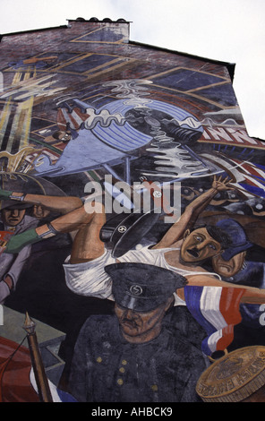 An anti fascist mural in London scene of the Battle of Cable St against Oswald Mosleys Fascists , East London , - Stock Photo