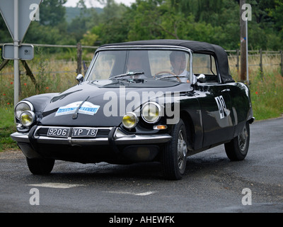 car citroen ds convertible model year 1961 1965 vintage approx stock photo 19973823 alamy. Black Bedroom Furniture Sets. Home Design Ideas
