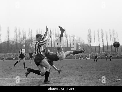 football, Regionalliga West, 1965/1966, Jahn Stadium in Bottrop, VfB Bottrop versus Rot-Weiss Essen 0:2, scene of - Stock Photo