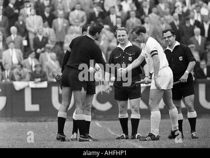football, Regionalliga West, 1966/1967, Eintracht Gelsenkirchen versus Alemannia Aix-La-Chapelle 1:1, Sued Stadium - Stock Photo