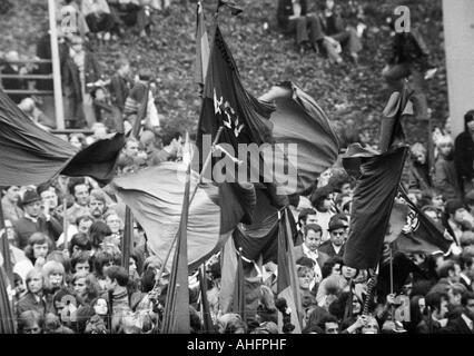 football, Bundesliga, 1972/1973, Wuppertaler SV versus Hertha BSC Berlin 4:1, Stadium am Zoo in Wuppertal, crowd - Stock Photo