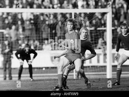 football, Bundesliga, 1972/1973, Niederrhein Stadium in Oberhausen, Rot-Weiss Oberhausen versus FC Schalke 04 2:1, - Stock Photo