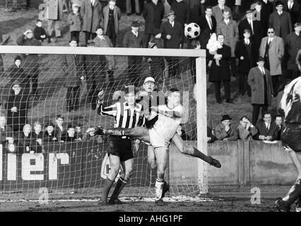 football, Regionalliga West, 1966/1967, Eintracht Gelsenkirchen versus ETB Schwarz-Weiss Essen 0:0, Sued Stadium - Stock Photo