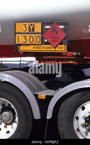 load identification plate on heavy goods vehicle denoting transportation of flammable liquid leeds uk - Stock Photo