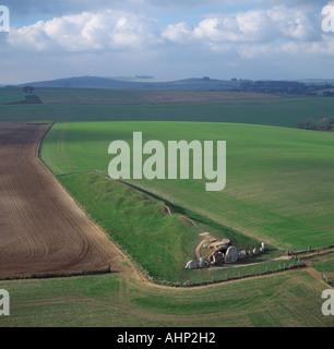 West Kennet Long Barrow burial mound Avebury Wilts - Stock Photo