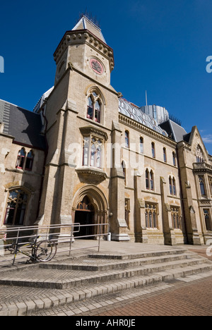 The Wood Green Crown Court building located in north London - Stock Photo