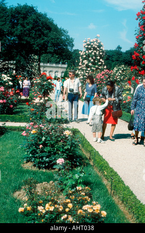 Paris France, Parks People Promenading in Rose Garden of 'Bagatelle Gardens'  Spring Families, couple walking in - Stock Photo