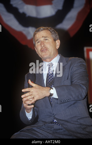 George W Bush addressing the New Hampshire Presidential Candidates Youth Forum January 2000 - Stock Photo